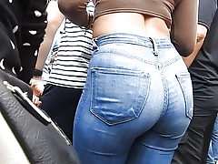 Denim butt at entertaining performance